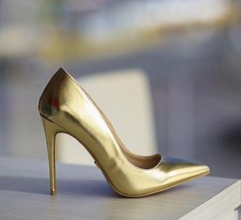 Pantofi Ador Aurii