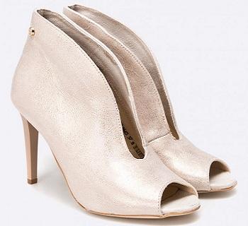 Pantofi aurii colectia Carinii