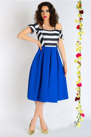 rochie albastra cu dungi