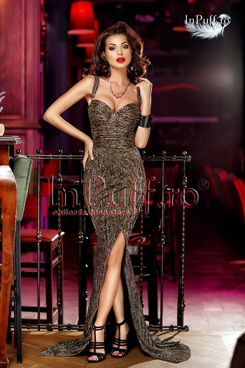 Rochie lunga aurie din crepe
