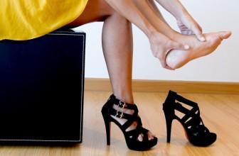 Cum Scapi de Durerea de Picioare Provocata de Pantofii cu Toc Inalt ?